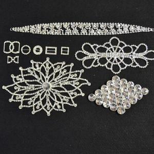 Diamantes Motives and Buckles